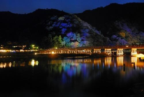 嵐山花灯路ライトアップ2015期間や時間、駐車場や最寄り駅情報!