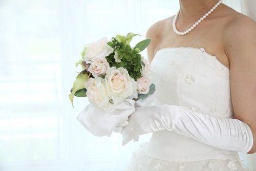 結婚式のグローブ新婦がつける意味や新郎や新婦の父がつける意味!