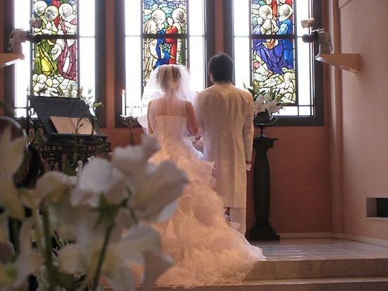 お彼岸に結婚式の招待状や挙式は非常識?縁起は悪いの?