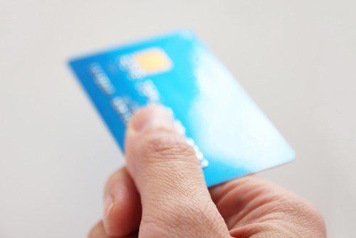 派遣社員でクレジットカードを作る時に在籍確認はある?無くても作るには!