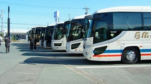 高速バスの暇つぶし昼便や夜行便で時間つぶし方法や便利アイテム