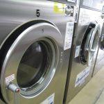コインランドリーの乾燥機で早く乾くコツや注意点!